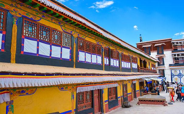 成都租车去西藏 探访神秘消失的古格王朝