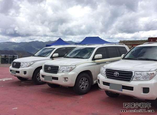 国庆期间选择成都租车去西藏人多不多
